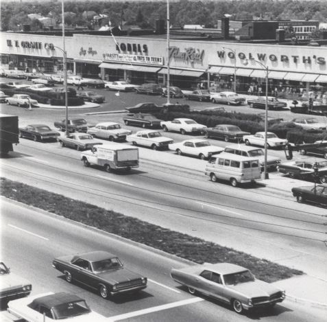 Hempstead Turnpike in Levittown - 1967