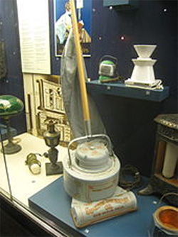 Early Electric Vacuum