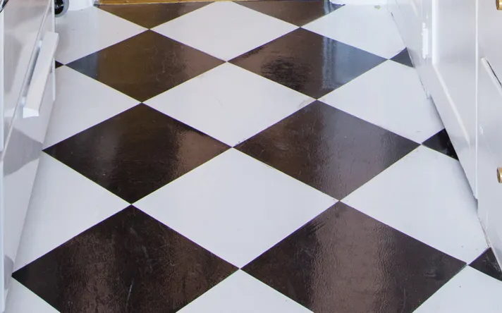 Peel and Stick Floor Tiles