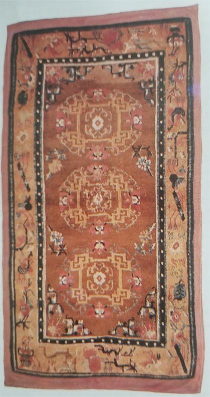 Tibetan Rug with Pearl Border Design