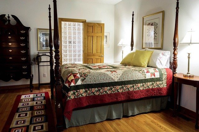 Accent Area Rug in Bedroom with Large Furniture